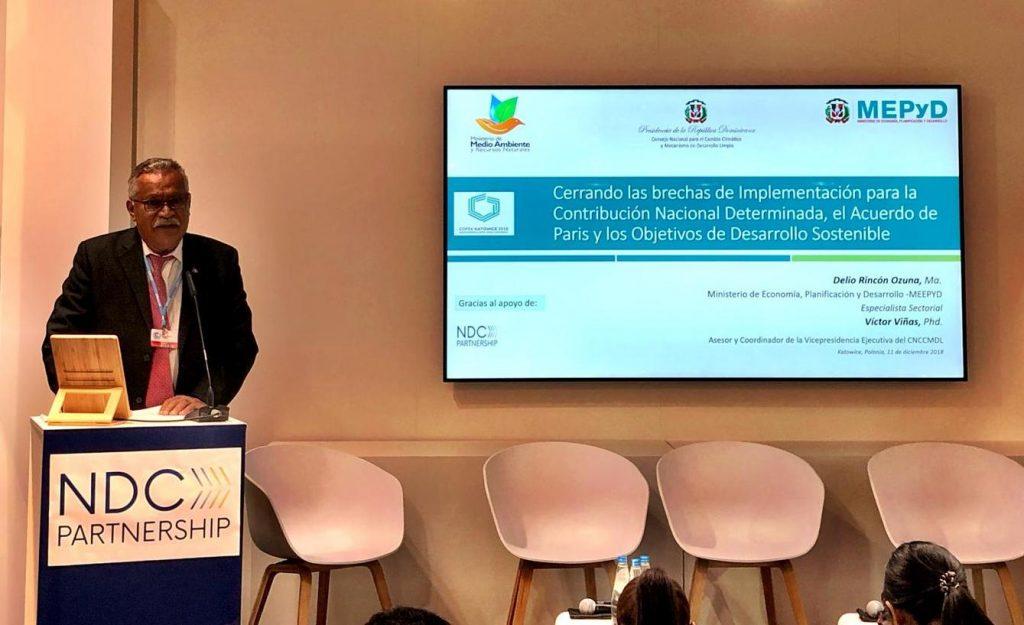 Ernesto Reyna Alcántara participa en la COP24, del evento en el que se presentó el Plan de Acción Climática