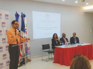 Steven Samol se dirigió a las entidades representadas en nombre de la GIZ.